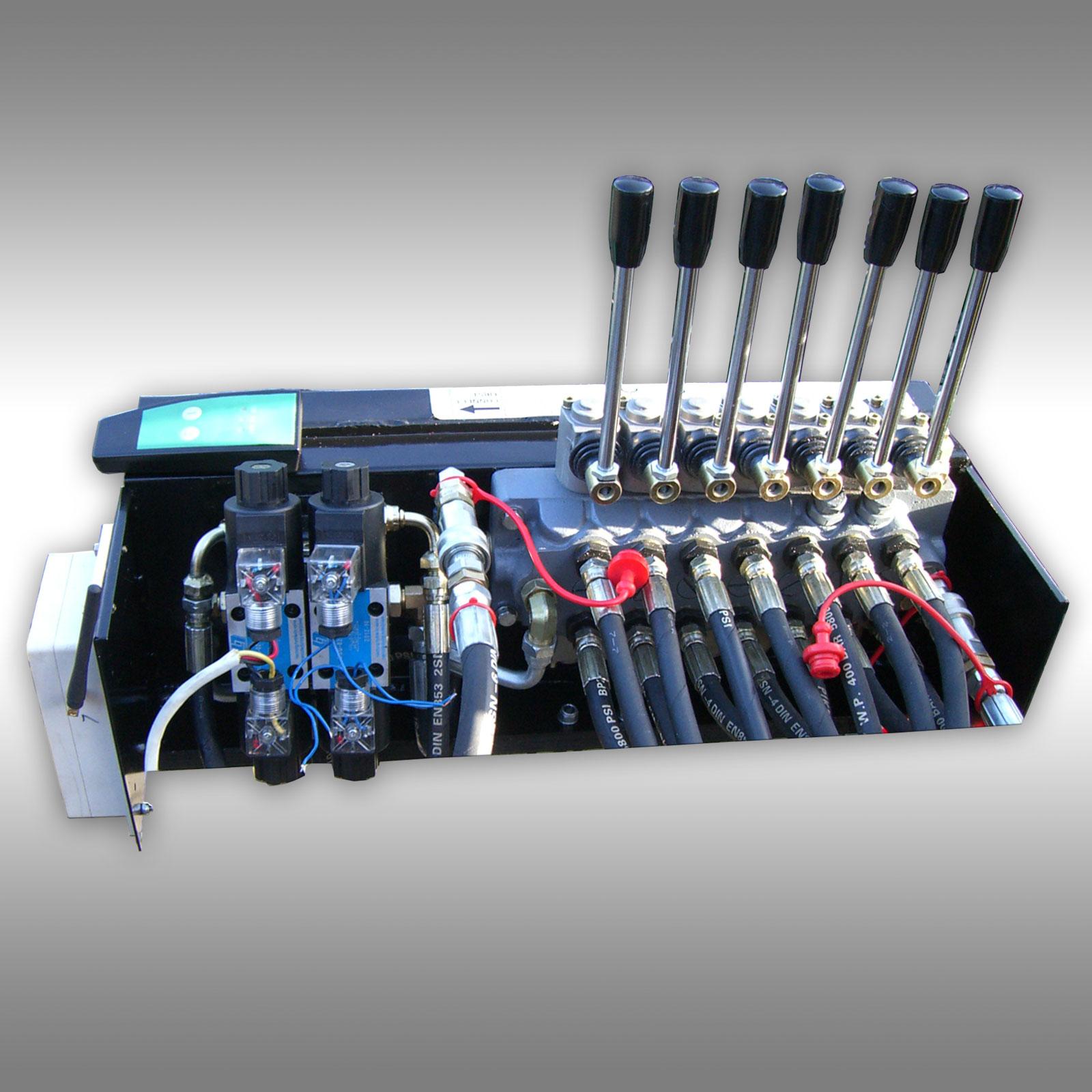Hydr. ventiel bedieneenheid voor Bomen transport aanhanger Jansen HRW-15