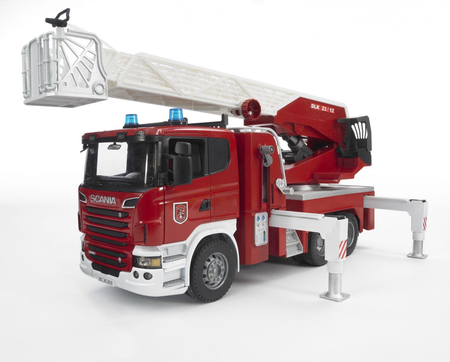 Brandweerwagen Scania met licht/geluid module
